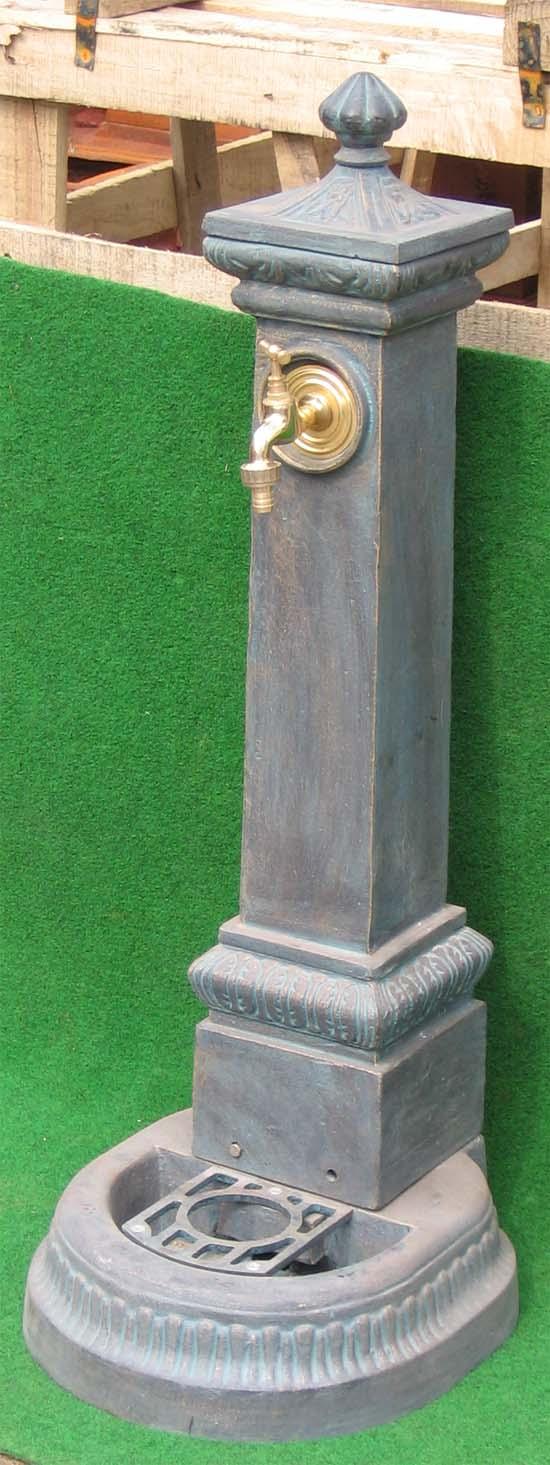eisen standbrunnen antik gr n 100 cm mit wasserhahn ebay. Black Bedroom Furniture Sets. Home Design Ideas