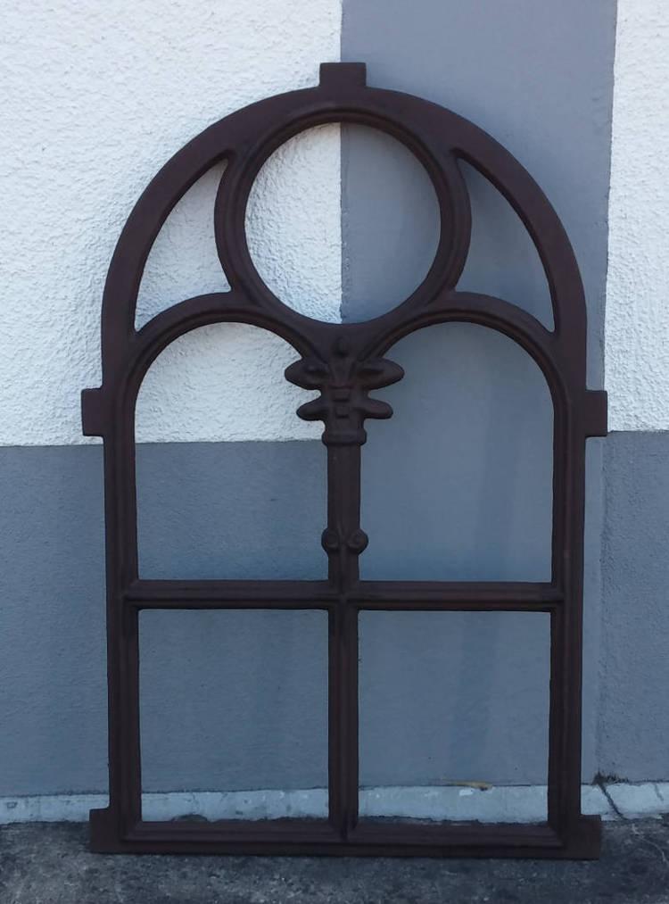 Nostalgiefenster Gotisch Antik Braun Garten Passion