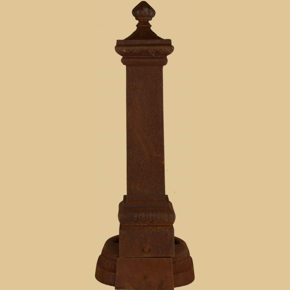 nostalgischer standbrunnen mit wasserhahn 71cm rost garten passion. Black Bedroom Furniture Sets. Home Design Ideas