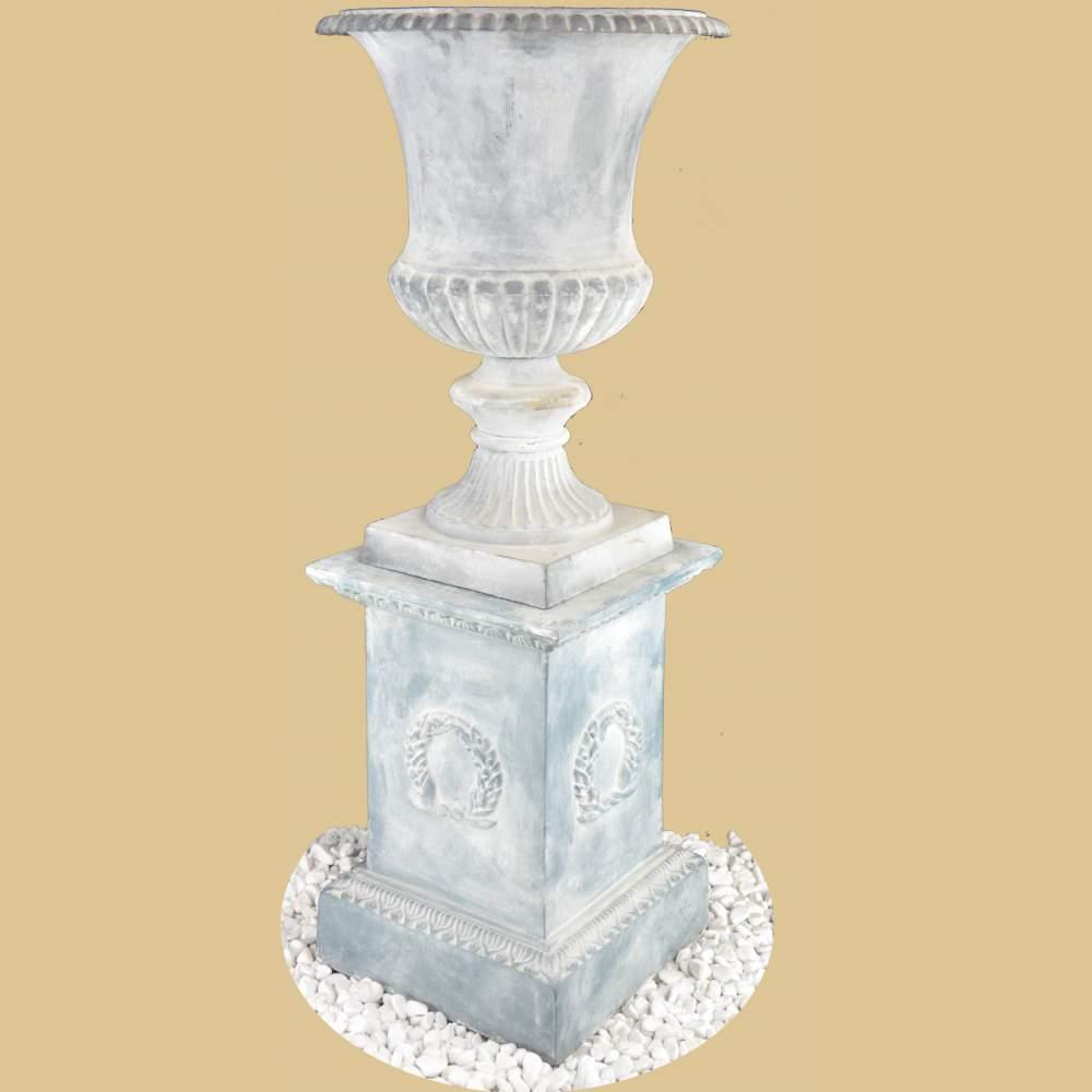 Amphore klassischer stil auf sockel antik grau garten for Klassischer stil